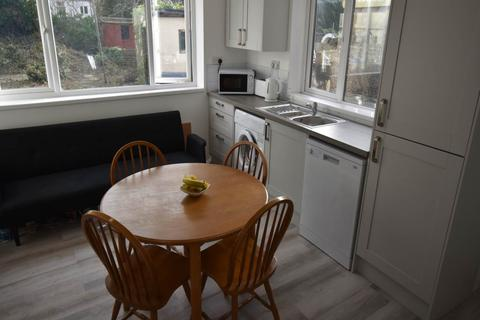 6 bedroom house to rent - Westbury Street, Swansea,
