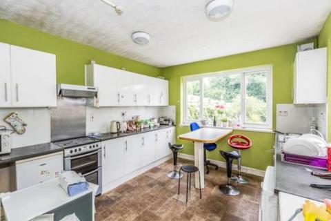 5 bedroom house share to rent - Westbury Street, Swansea,