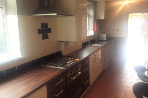 3 bedroom house share to rent - 3 Bedroom on School Grove, Withington