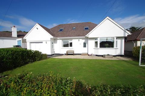 5 bedroom detached bungalow for sale - The Brittons