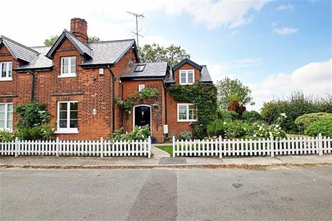 3 bedroom semi-detached house to rent - Bentley Heath Lane, Barnet, Hertfordshire