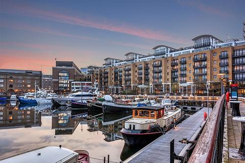 2 bedroom apartment for sale - Turnstone House, City Quay, St Katharine Docks, E1W