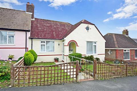 2 bedroom semi-detached bungalow for sale - Heston Avenue, Brighton, East Sussex