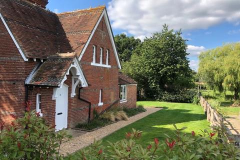 3 bedroom semi-detached house for sale - Maplehurst Road, West Grinstead, West Sussex, RH13