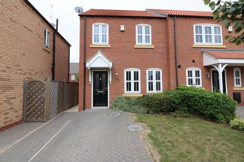 3 bedroom townhouse to rent - Bowland Way, Kingswood