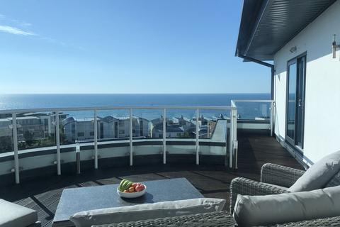 3 bedroom penthouse for sale - Boscombe Spa