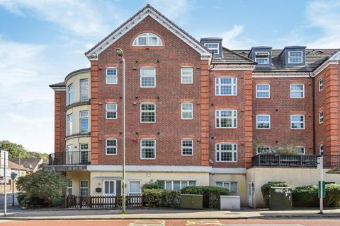 2 bedroom flat for sale - Camberley, Surrey, GU15