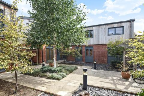 2 bedroom flat for sale - City Gate, St Clements, Oxford, OX4
