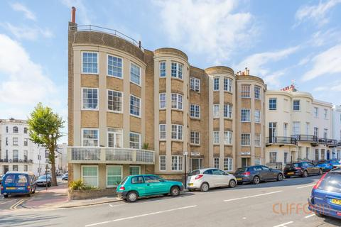 1 bedroom flat for sale - Chichester Place, Brighton BN2