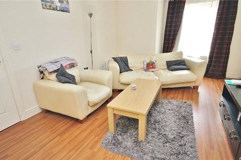 2 bedroom apartment to rent - Cedar Way, Sunbury On Thames, Middlesex, TW16
