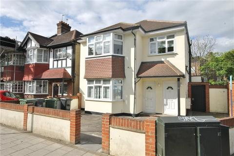 3 bedroom apartment to rent - Gracefield Gardens, London, SW16