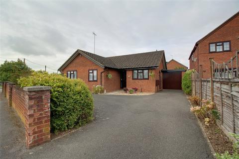 3 bedroom detached bungalow for sale - Hillside Road, Earley, Reading, Berkshire, RG6