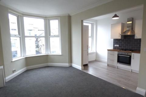 1 bedroom flat to rent - Heysham Road, Morecambe, Lancashire, LA3 1DA