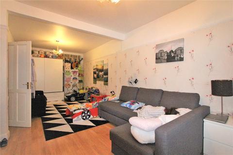 3 bedroom terraced house to rent - Carmelite Road, Harrow, Middlesex, HA3