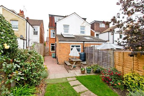 4 bedroom semi-detached house for sale - South View Road, Tunbridge Wells, TN4