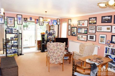 2 bedroom flat for sale - Victoria Gardens 195 London Road,  Leicester, LE2