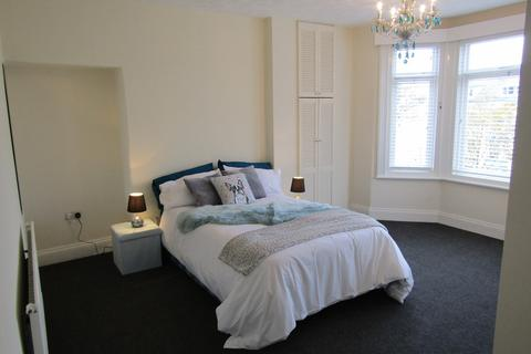 6 bedroom house share to rent - Trafalgar Square, Scarborough