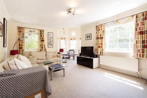 3 bedroom flat to rent - Brockham Street, Borough, London, SE1