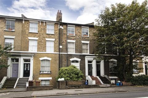 3 bedroom flat to rent - Graham Road, London, E8