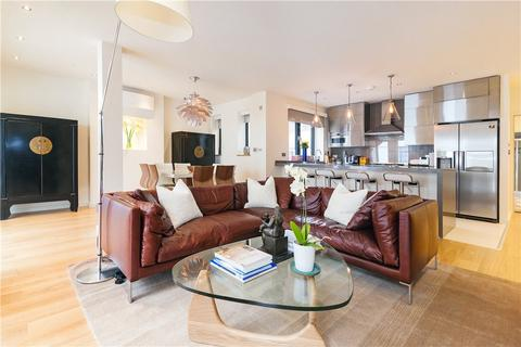 3 bedroom penthouse to rent - North Mews, London, WC1N
