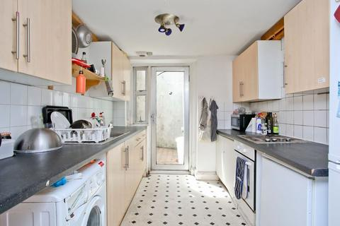 8 bedroom terraced house to rent - Dyke Road, BRIGHTON, East Sussex, BN1