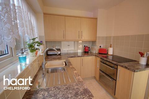 3 bedroom detached house for sale - Waveney Drive, Chelmsford