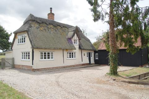 2 bedroom cottage to rent - Willingale