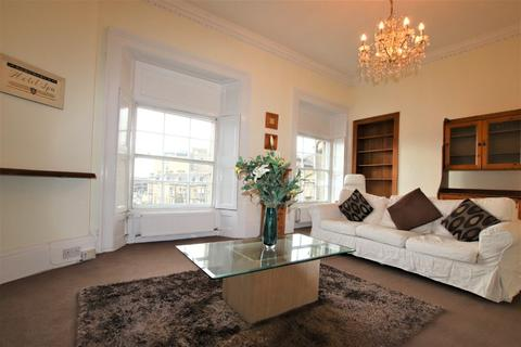 2 bedroom flat to rent - Morrison Street , Haymarket, Edinburgh, EH3 8DT