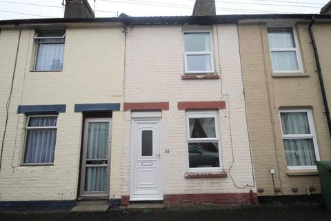 2 bedroom terraced house to rent - Luton Road, Faversham