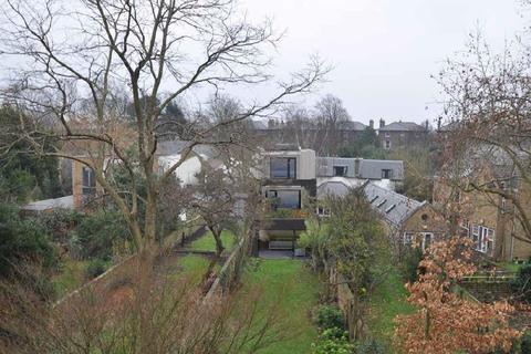 4 bedroom detached house for sale - Vanbrugh Park, Heathway, Blackheath, London, SE3