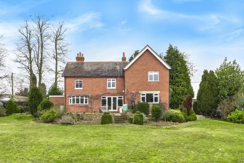 4 bedroom detached house to rent - Brimpton, Berkshire, RG7