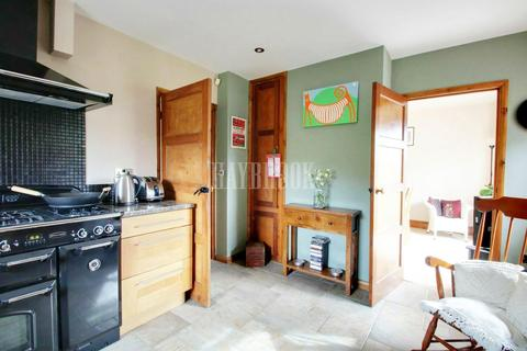 3 bedroom semi-detached house for sale - France Road, Loxley