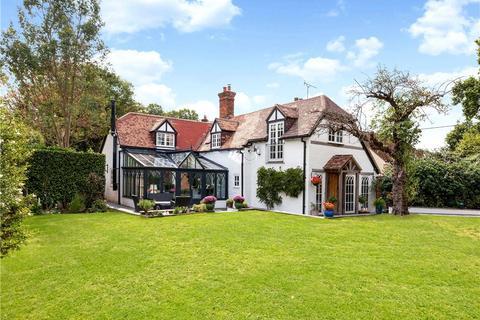 4 bedroom detached house for sale - Bramley Corner, Bramley, Tadley, Hampshire, RG26