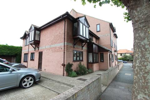 2 bedroom apartment for sale - Claremont Road, Deal, CT14