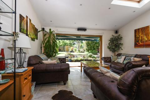 3 bedroom detached house for sale - Eaglesfield Road, Shooters Hill