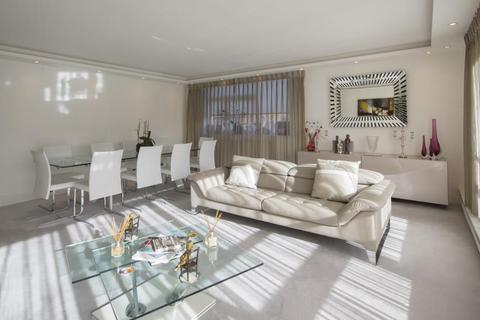 3 bedroom apartment for sale - WALSINGHAM, QUEENSMEAD, NW8 6RJ