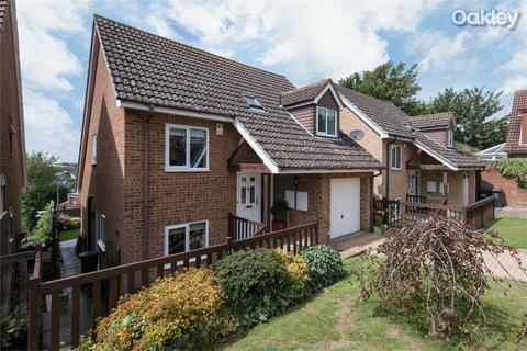 4 bedroom detached house for sale - Willow Close, Woodingdean, East Sussex