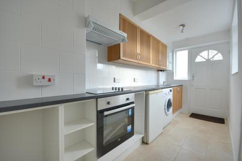 3 bedroom duplex to rent - Whitby Road, Ruislip, HA4 9DY