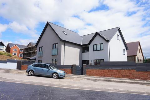 4 bedroom detached house for sale - Abergarw Meadow, Brynmenyn, Bridgend, Bridgend County. CF32 8YG