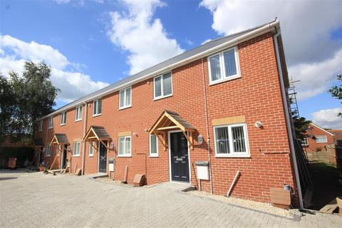 3 bedroom end of terrace house to rent - Sea View Road, Poole