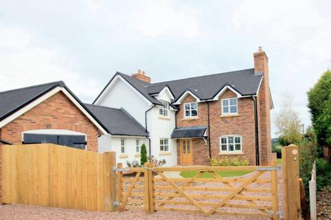 4 bedroom detached house for sale - Stone Road, Tittensor