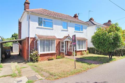3 bedroom detached house for sale - Ravenscourt Road, Rough Common, Canterbury