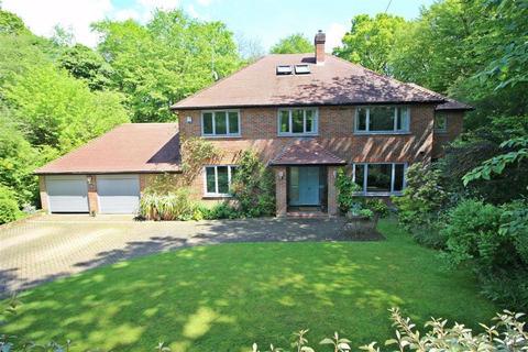 5 bedroom detached house for sale - Bishops Road, Tewin Wood, Tewin Welwyn, Herts