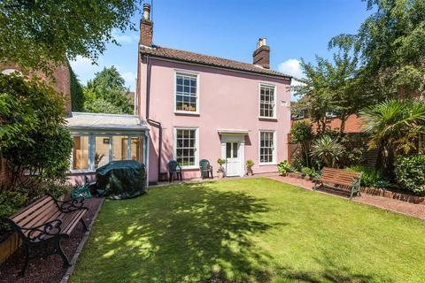 3 bedroom cottage for sale - Eagle Walk, Off Newmarket Road, Norwich, NR2