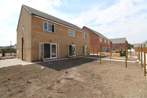 3 bedroom house for sale - Lythe Avenue, Hull