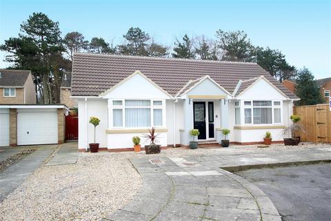 2 bedroom detached bungalow for sale - Kew Rise, Darlington