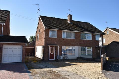 3 bedroom house to rent - Underwood Road, Reading