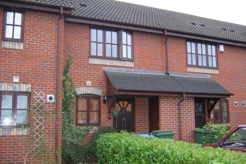 2 bedroom terraced house to rent - Weldon Drive, West Molesey, KT8