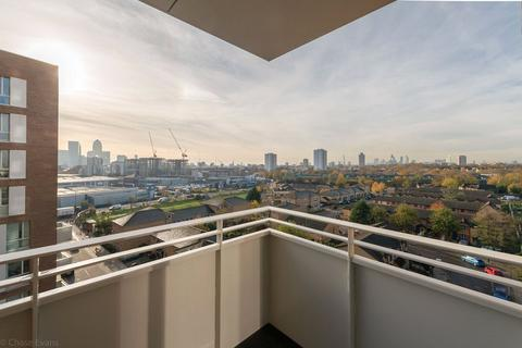 3 bedroom apartment for sale - Ivy Point, 5 Hannaford Walk, Bromley-By-Bow, London, E3