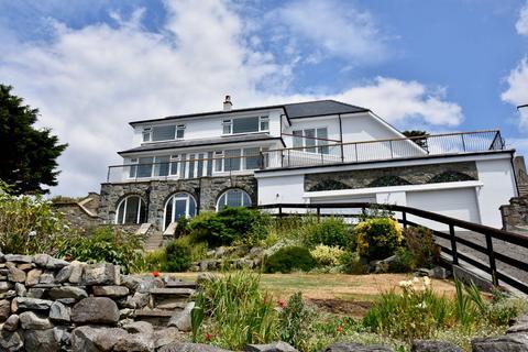 6 bedroom detached house for sale - Bronydd, Llanaber, LL42 1AJ